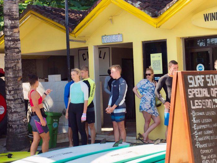 surfing class in kuta beach